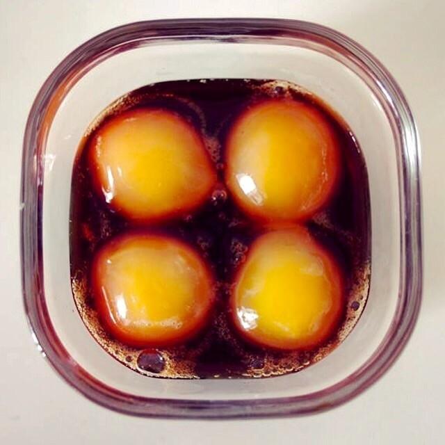 冷凍卵黄の醤油漬け