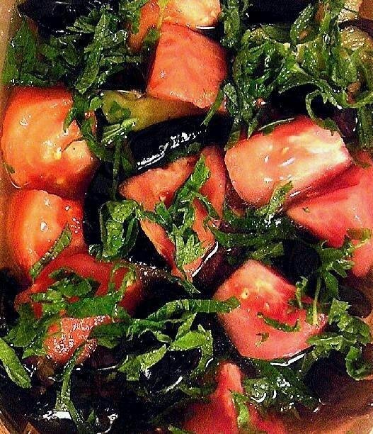 揚げ茄子とトマトのナンプラー甘酢漬け
